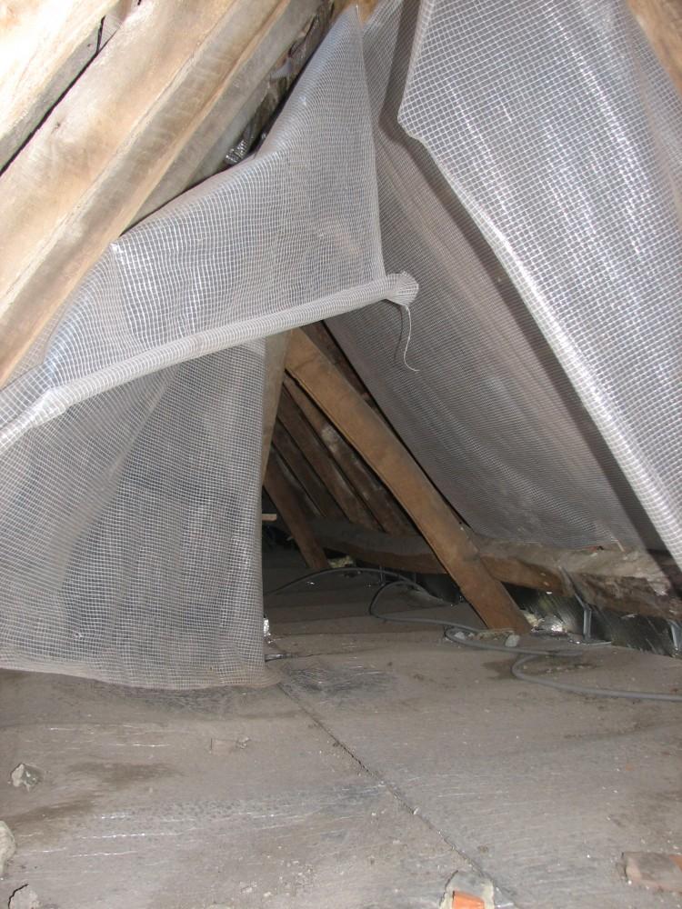 R nover charpente toiture maison toitures for Plancher combles
