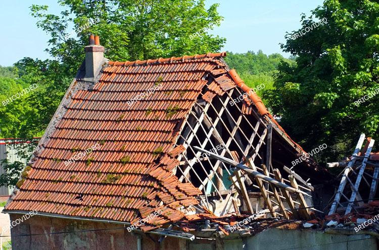 bricovid o bricolage toitures conseils des bricoleurs pour r aliser un toit en ventail avec. Black Bedroom Furniture Sets. Home Design Ideas