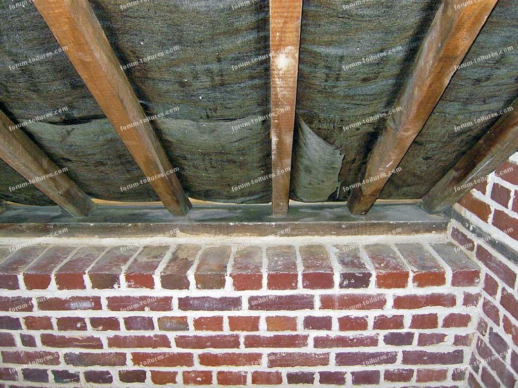 conseils travaux r novation toiture trace d humidit panne sabli re aux pieds des chevrons. Black Bedroom Furniture Sets. Home Design Ideas