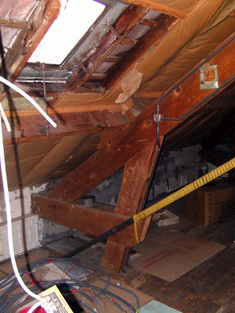 toiture assistance astuces toitures. Black Bedroom Furniture Sets. Home Design Ideas